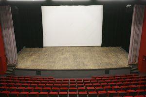 Vue de l'auditorium à Fourques